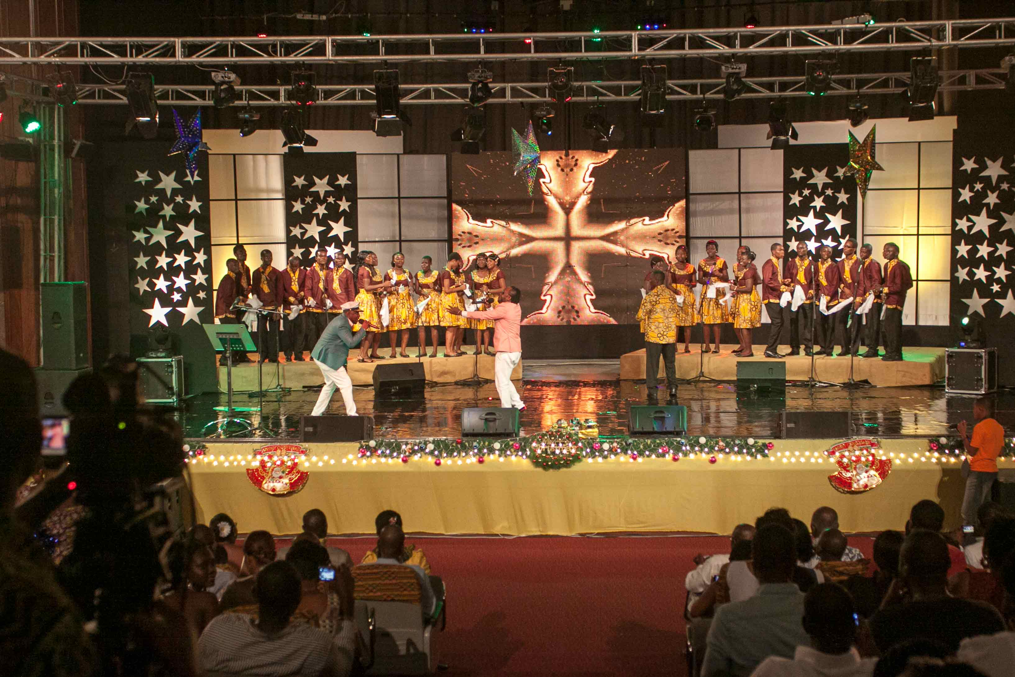 MTN-CAROLS-NIGHT_2012-3