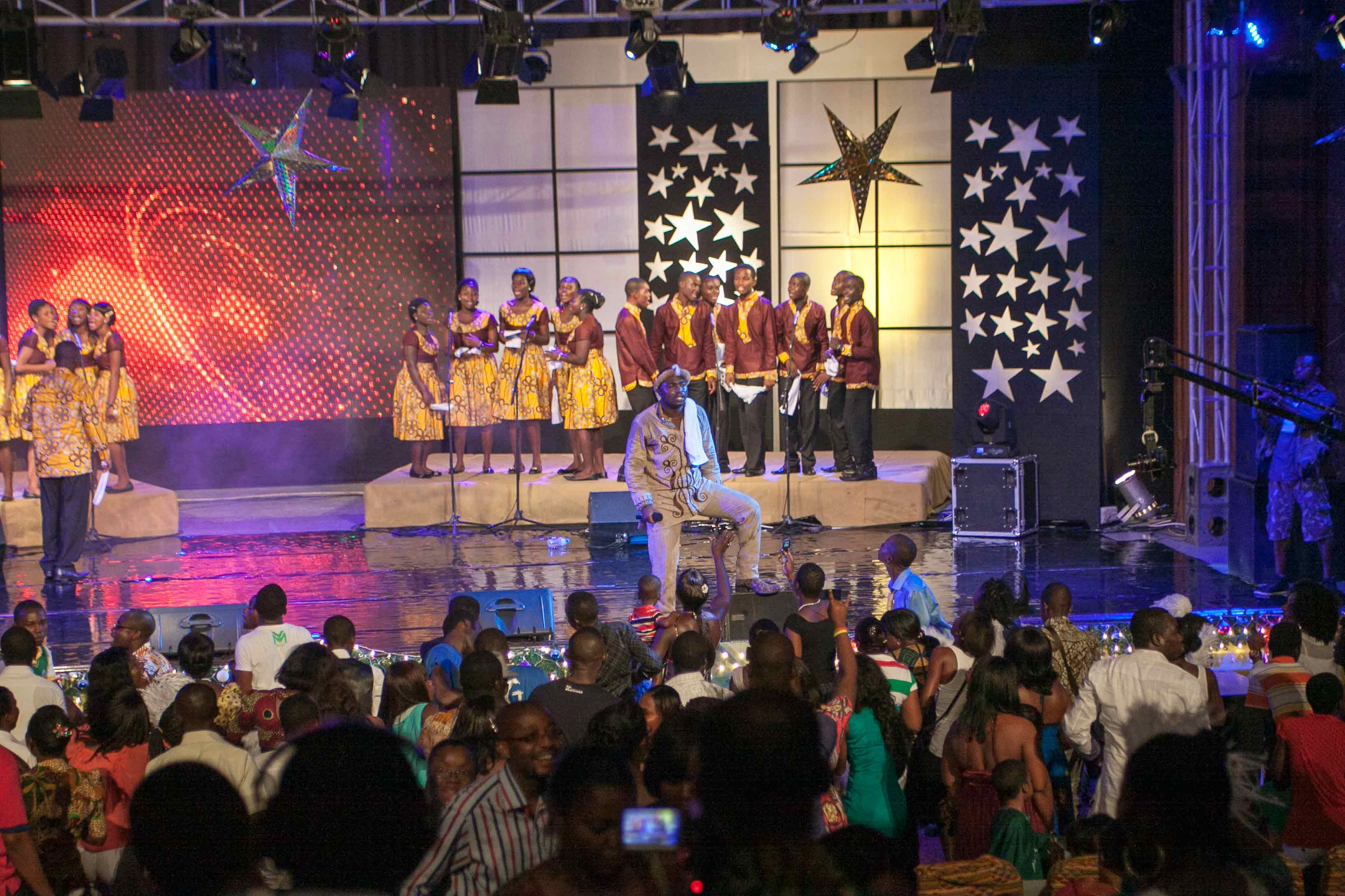 MTN-CAROLS-NIGHT_2012-6
