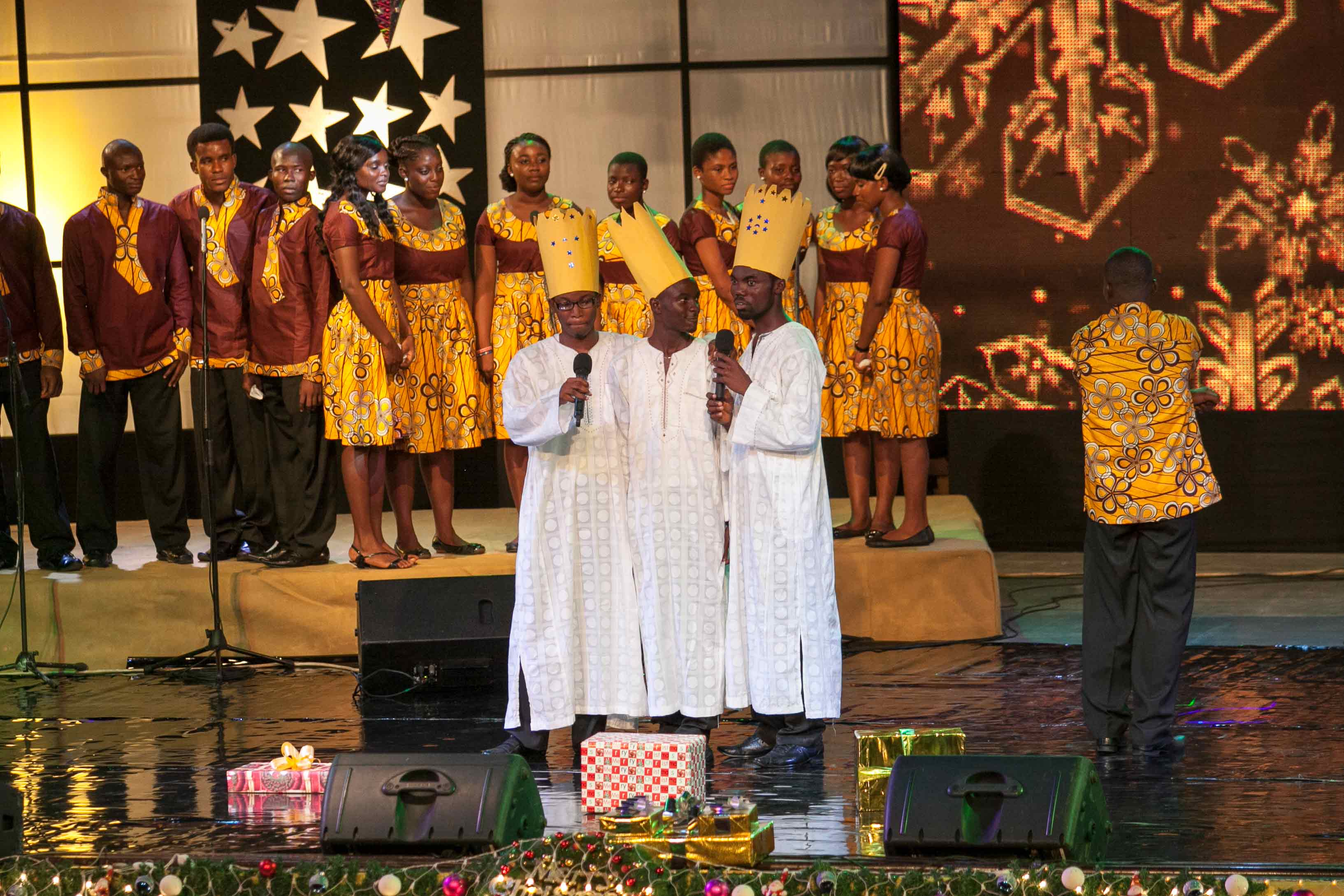 MTN-CAROLS-NIGHT_2012-7