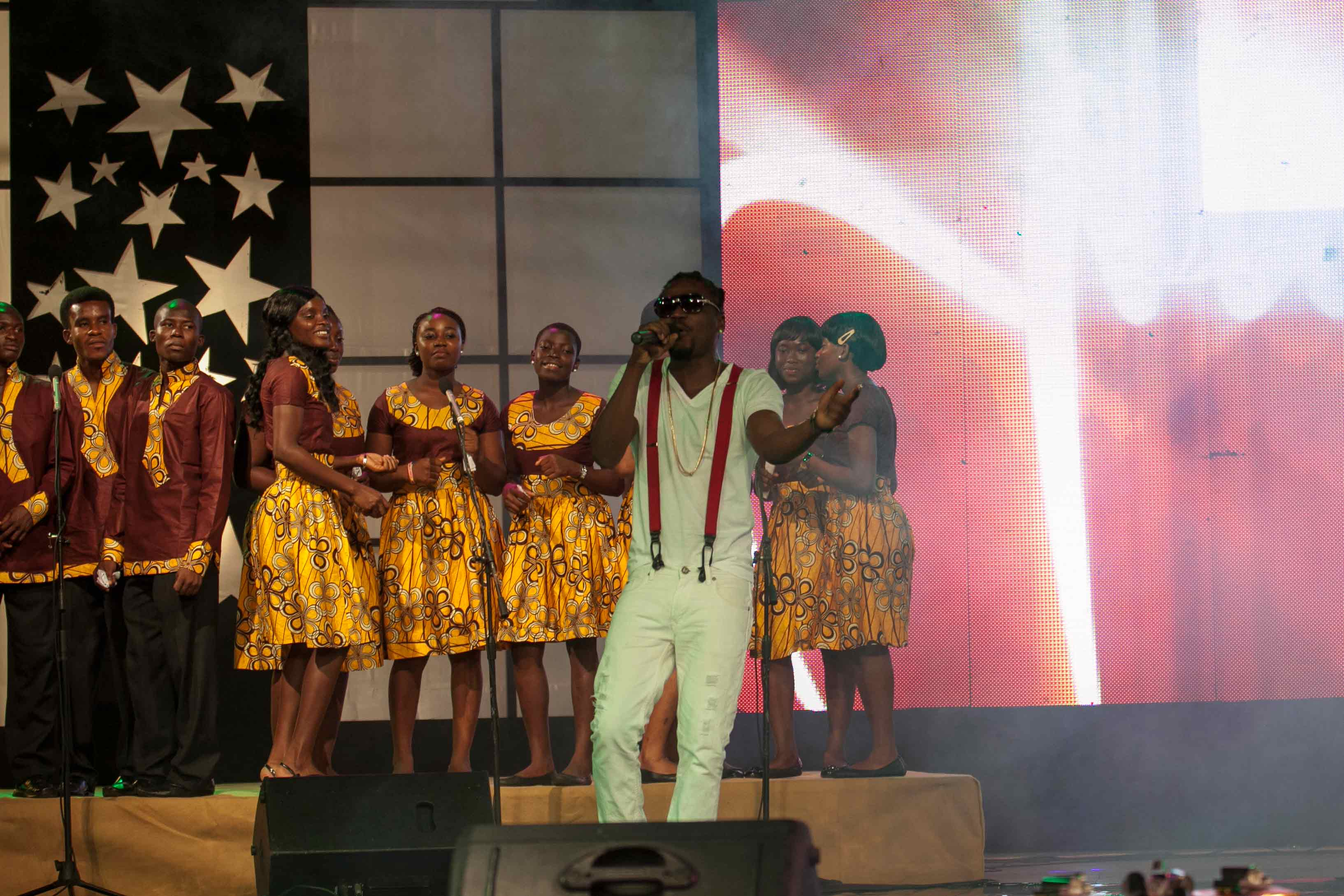MTN-CAROLS-NIGHT_2012-9
